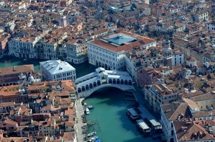 Venezia vuota vista dall'elicottero dei carabinieri _ FOTO6.jpeg